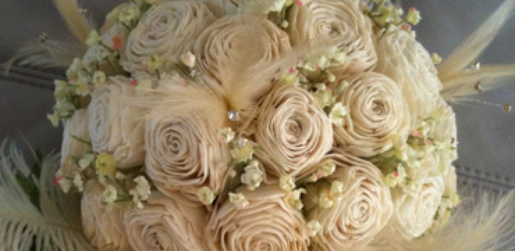 Make a vintage style wedding bouquet