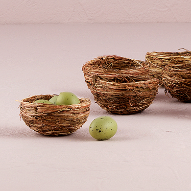 Miniature Natural Birds Nests Wedding Favours Under £1 realwedding.co.uk