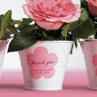 Mini metal pails wedding favours under £1 realwedding.co.uk