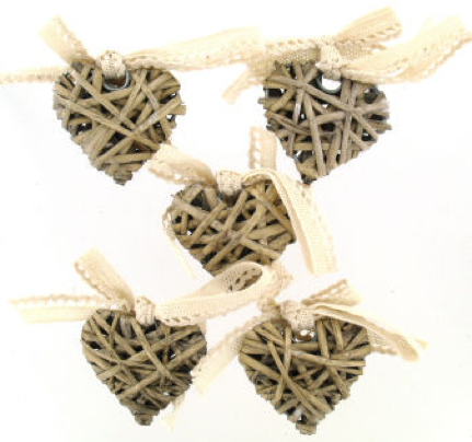 Wicker Heart Wedding favours under £1 realwedding.co.uk