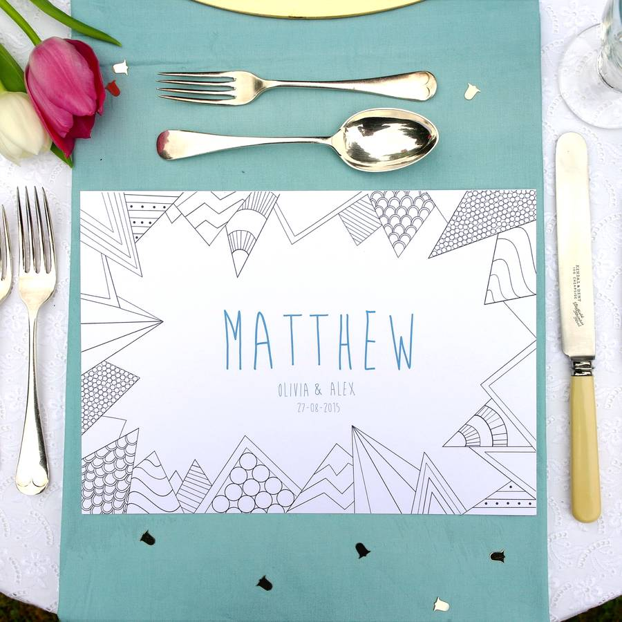 colour in personalised wedding favour table mats under £1 realwedding.co.uk