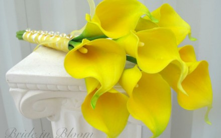 Yellow wedding flower & bouquet inspiration