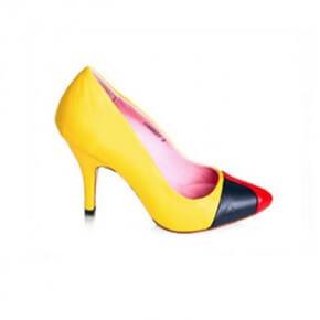 normal_corn-bury-yellow-heels
