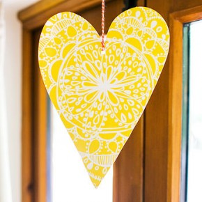 normal_yellow-bohemian-heart-decoration