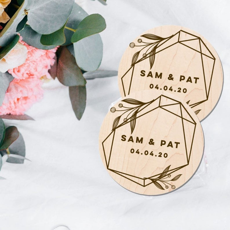 Unusual & Personalised Wedding Favour Ideas l Engraved Wooden Coasters
