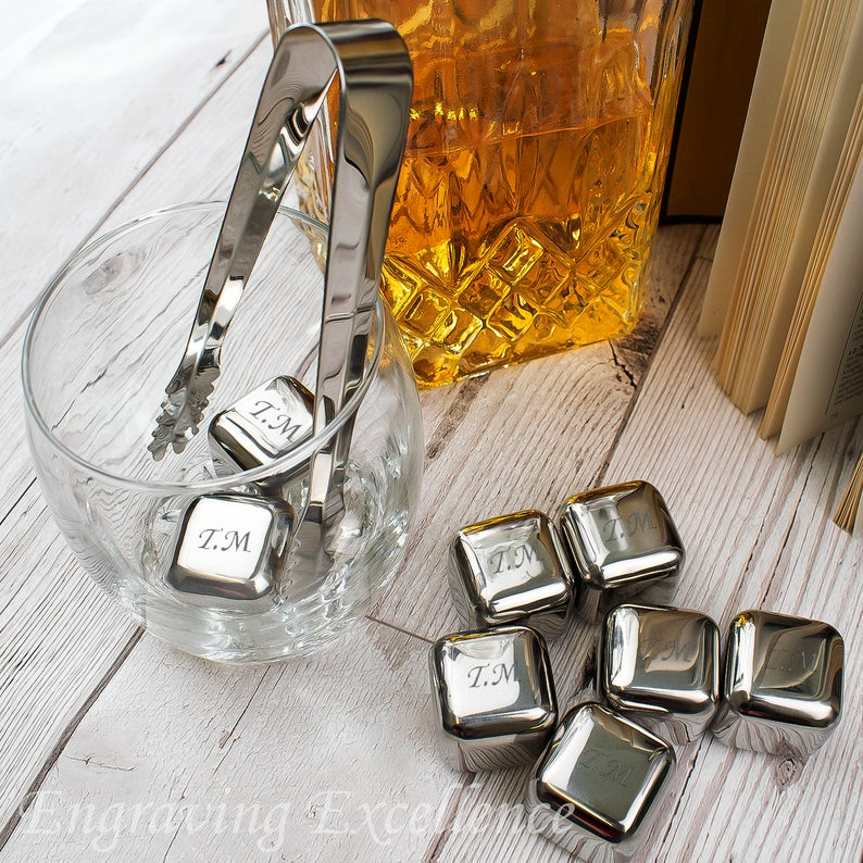 Unusual & Personalised Wedding Favour Ideas l Personalised Reusable Ice Cubes