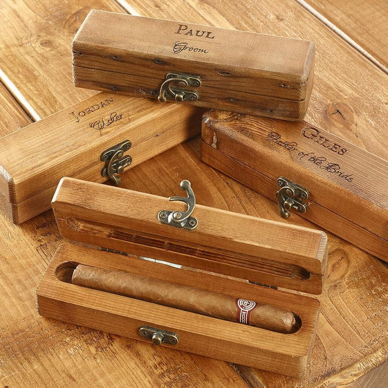 Unusual & Personalised Wedding Favour Ideas l Personalised Cigar Box
