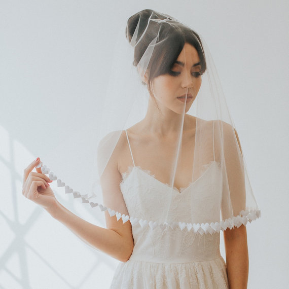Sweetheart veil | realwedding.co.uk