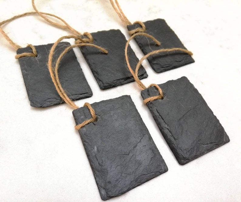 DIY  & Handmade Wedding Favour Ideas l Reusable Slate Wedding Favour Tags