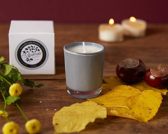 Natural Scented Votive Candle with Lemon and Verbena Essential Oils.