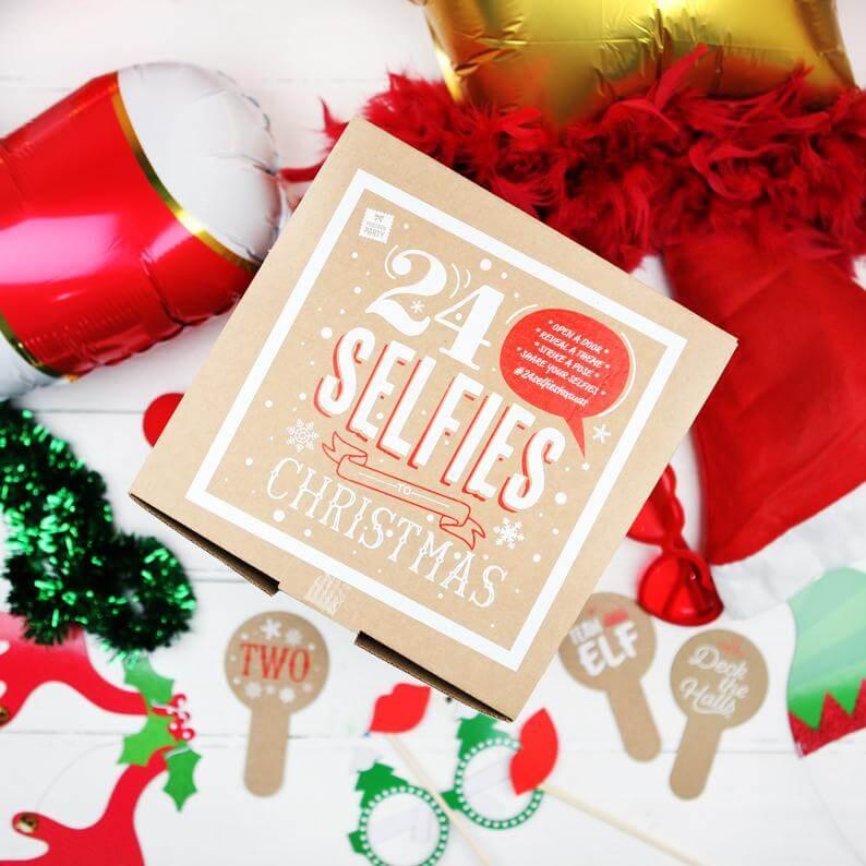 24 Selfies To Christmas Advent Calendar