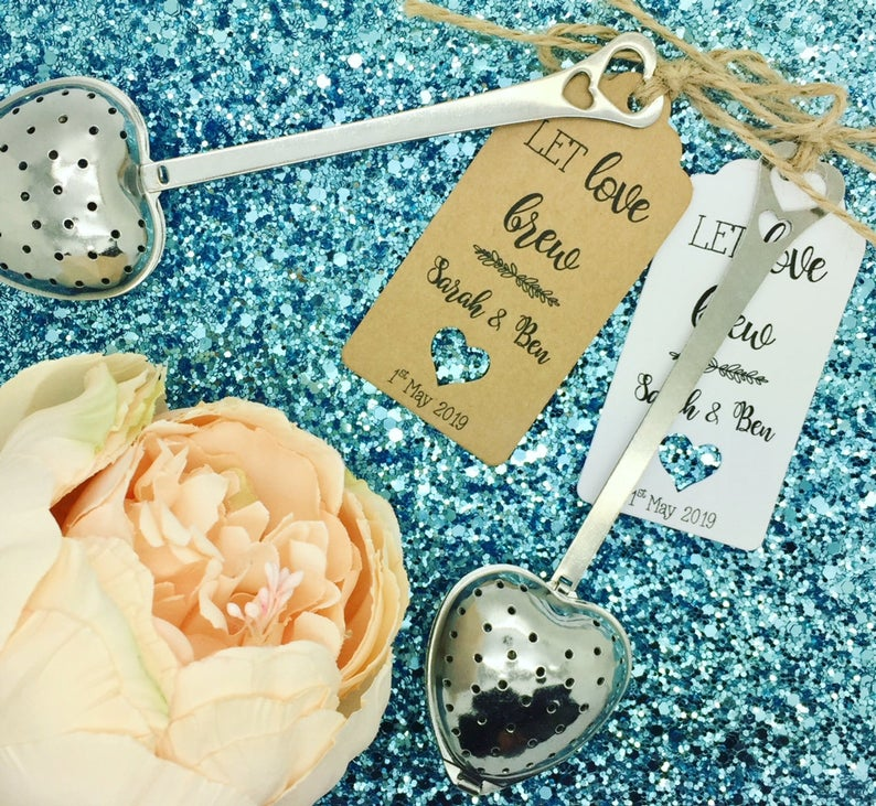 realwedding.co.uk | 100 Cheap Wedding Favour Ideas For Under £1 Each! | Tea Infuser Heart Shape Wedding Favour With Gift Tag