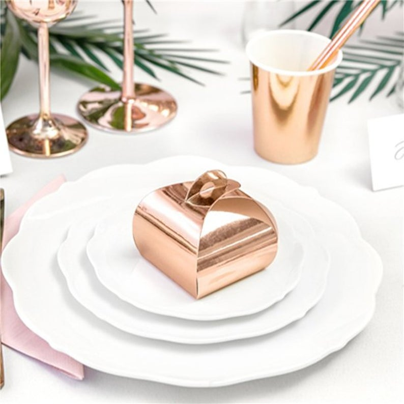 Rose Gold Favor Boxes | 100 Cheap Wedding Favour Ideas For Under £1 Each! | realwedding.co.uk