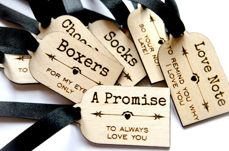 realwedding.co.uk | 100 Cheap Wedding Favour Ideas For Under £1 Each! | Wooden Groom Survival Kit Tags
