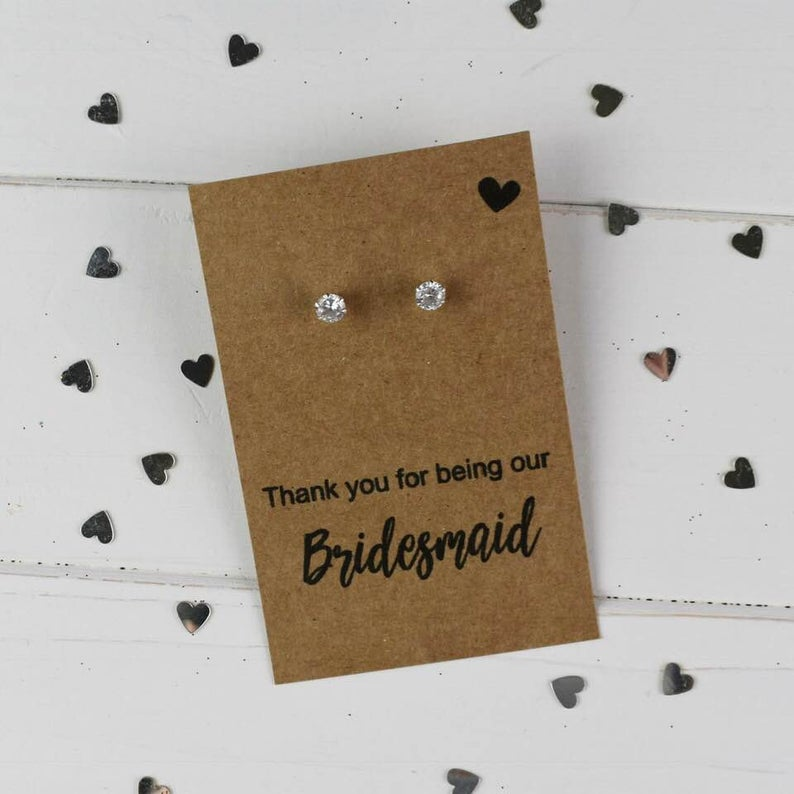 realwedding.co.uk | 100 Cheap Wedding Favour Ideas For Under £1 Each! | Wedding Earring Card