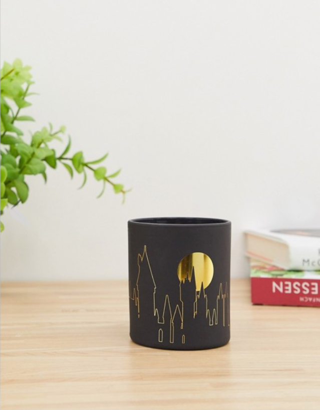 TYPO x Harry Potter House Reveal Candle - Great For Themed Weddings