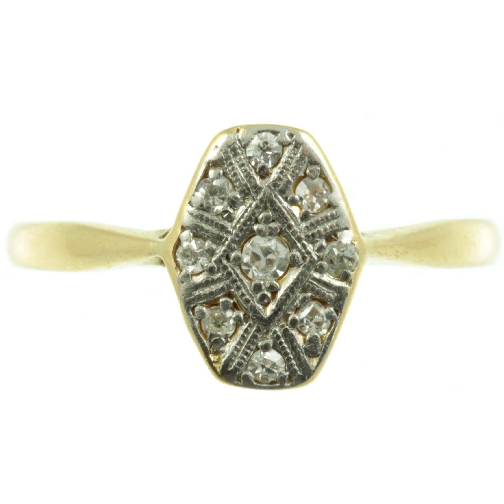 1. When Buying Antique Jewellery, Focus On Individuality